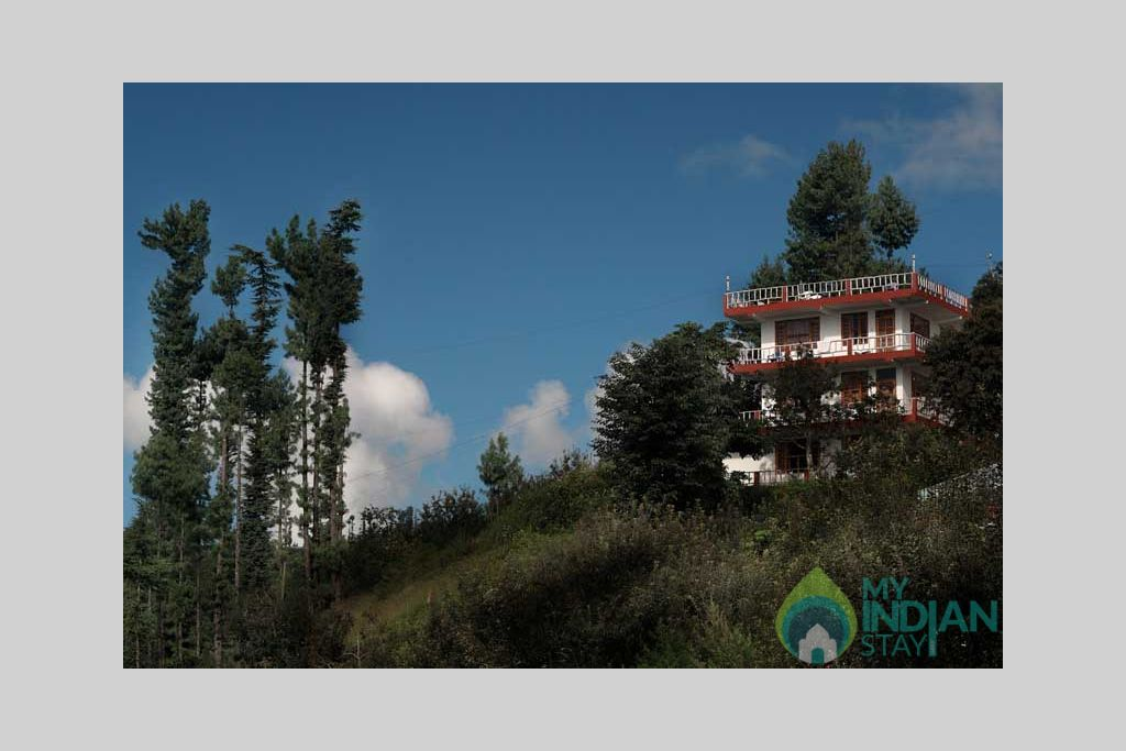 North-Moon Front view in a HomeStay in Kufri, Himachal Pradesh