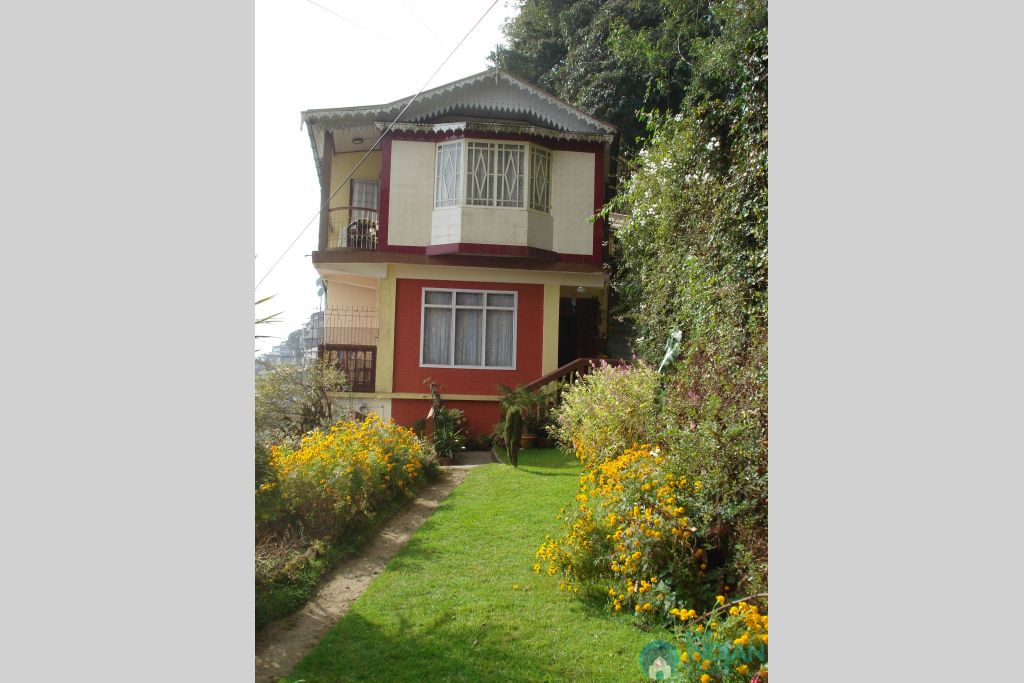 Classic Guesthouse in a Guest House in Darjeeling, West Bengal