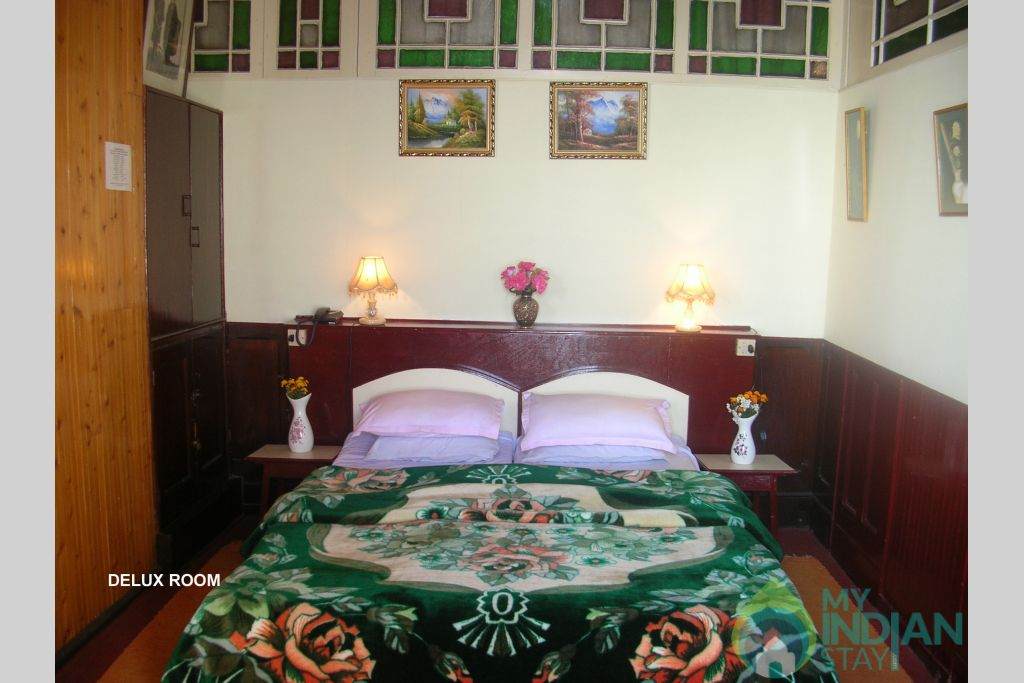 DELUX ROOM BED in a Guest House in Darjeeling, West Bengal