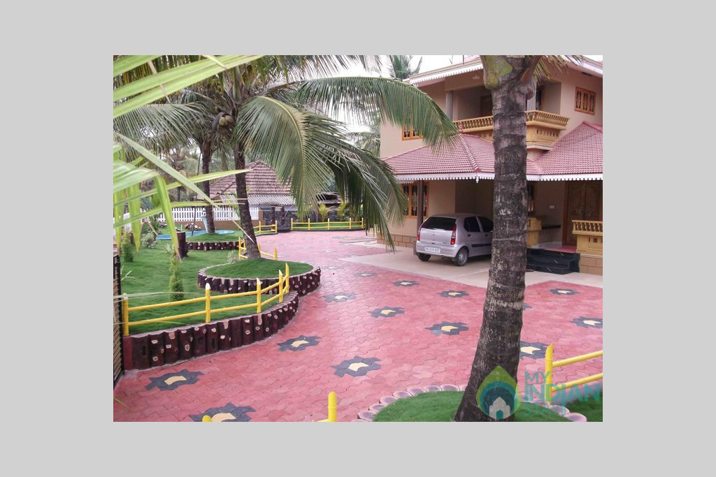 Frontview in a HomeStay in Padinjarathara, Kerala