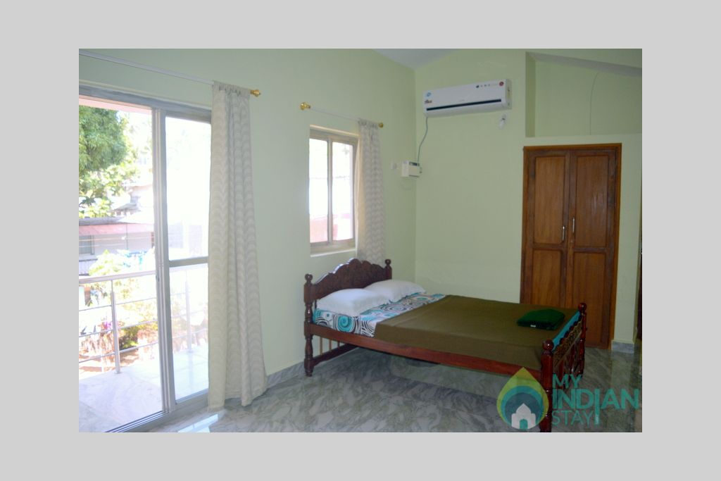 bedroom6 in a Guest House in Bogmalo, Goa