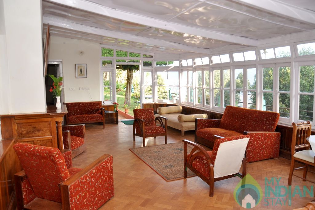 Hall in a Independent Bungalow in Ooty, Tamil Nadu