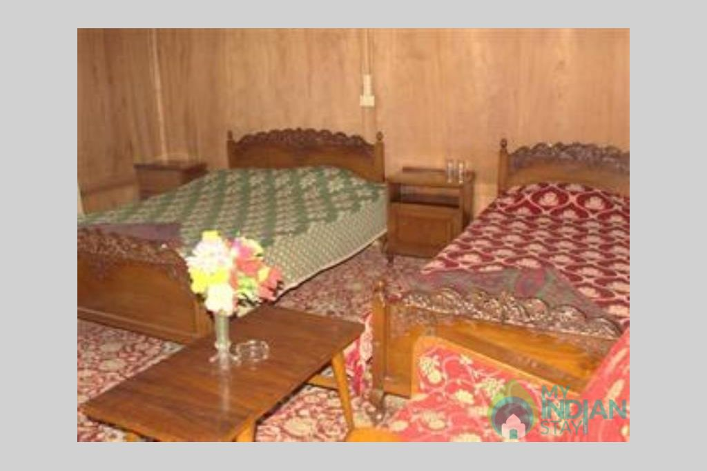 Bedroom 3 in a Guest House in Srinagar, Jammu and Kashmir