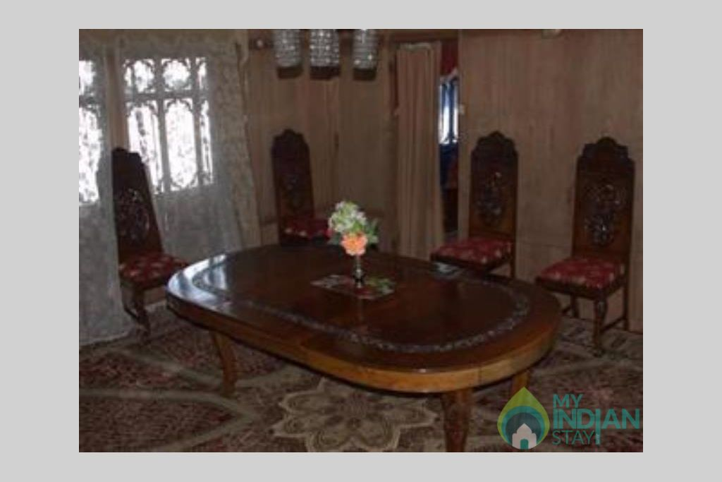Dining Area in a Guest House in Srinagar, Jammu and Kashmir