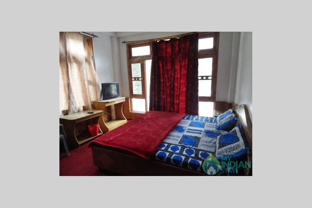 Super Deluxe room in a Guest House in Kasol, Himachal Pradesh