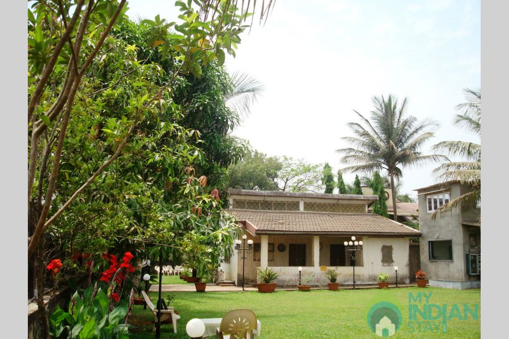 Front view of bungalow 01 in a HomeStay in Lonavala, Maharashtra
