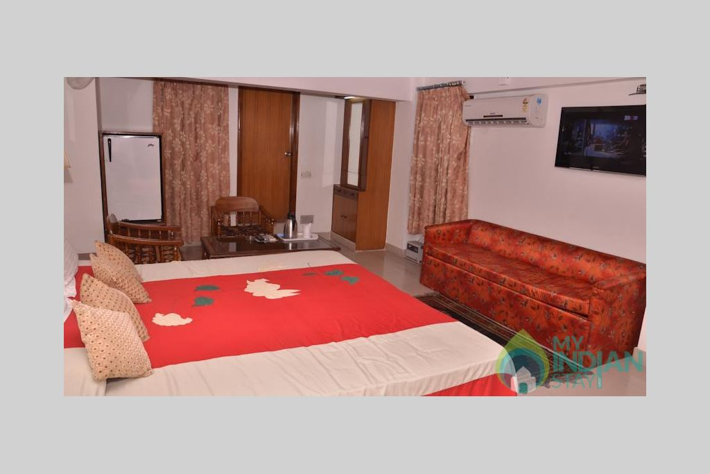 5 in a Guest House in New Delhi, Delhi