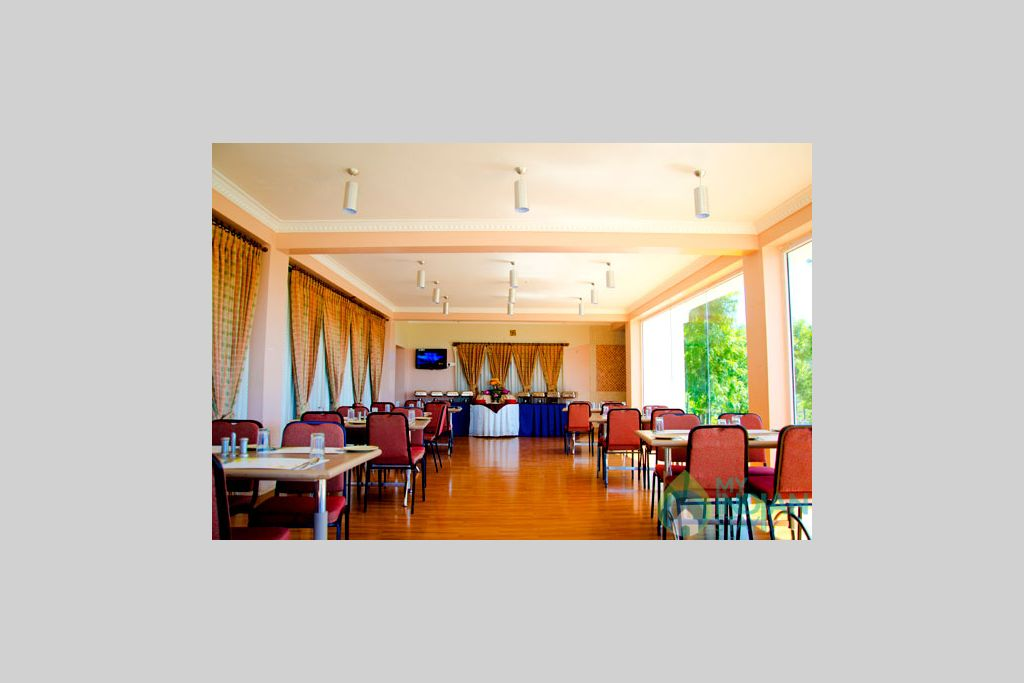 restaurant in a Guest House in Ooty, Tamil Nadu