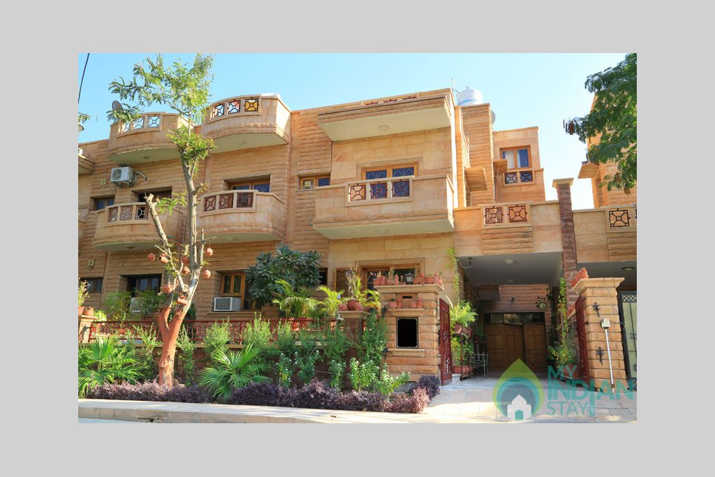Front-Apnayt-2 in a Bed & Breakfast in Jodhpur, Rajasthan