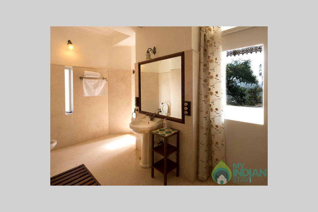 16 in a Guest House in Mount Abu, Rajasthan