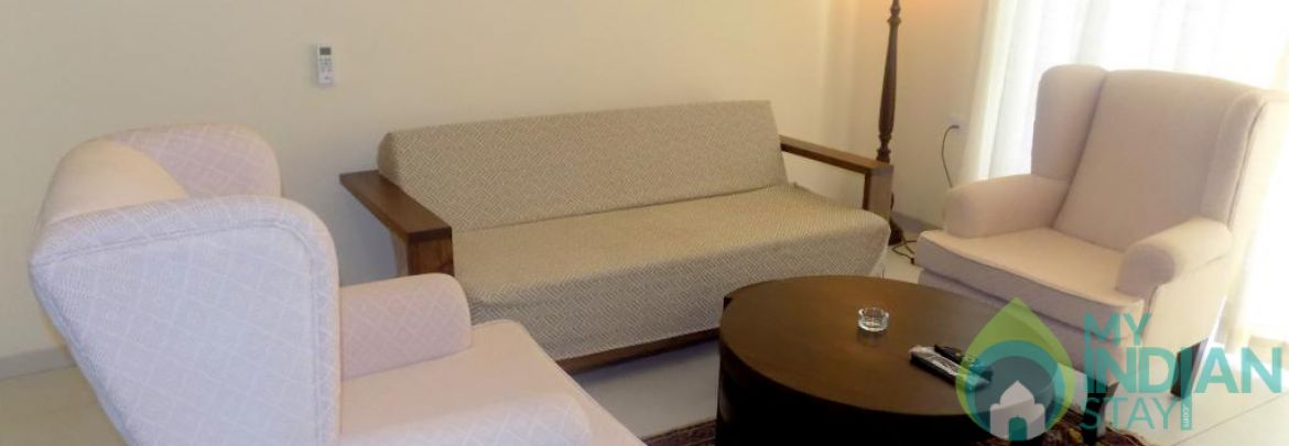 Luxurious Stay in Candolim : CM078