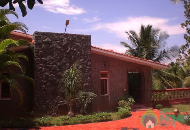 Furnished Upper Room in a Homestay in Trivandrum