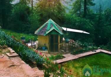 Amazing  Cottage Hut In Kasol, Himachal Pradesh