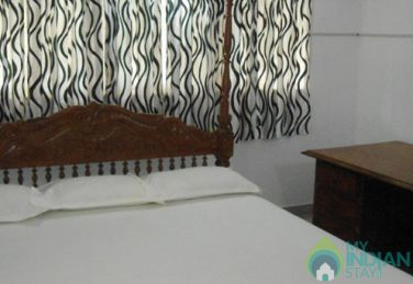 Deluxe  AC Room in a Guest House In Kochi