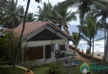 Non A/C Teak Wood House  Rooms  in a Resort in Kerala