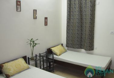 Fully Furnished Deluxe 2 Bed Room in a Guest House in New Delhi