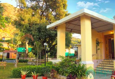 Deluxe Rooms In A Boutique Guest House In Mount Abu