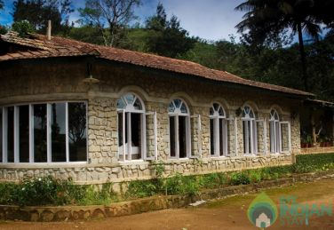 Deluxe Rooms In A Tea Planter's Bungalow Near Ooty