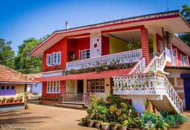 Double Rooms In A Spacious HomeStay Madikeri