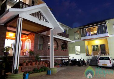 Deluxe Rooms In A Bungalow In Mahabaleshwar