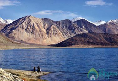 Stay In A Tranquil Sorrounding In Leh.