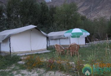 A Place To Stay In Tents, Leh