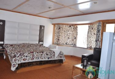 Spectacular Stay In Pahalgam