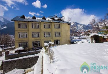 Refreshing And Peaceful Place To Stay In Manali