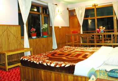 Charming Place To Stay In Manali