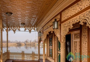 Traditional As Well As Modernity Stay In Srinagar