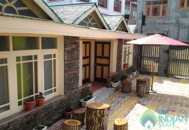 Unique Beautiful Place To Stay In Srinagar, J&K