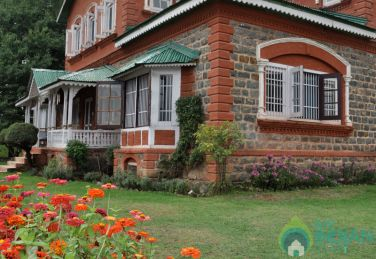 Stay In The Sense Of Serenity In Srinagar, J&K