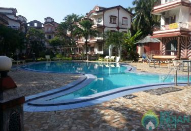 Smart 1 BHK calangute apartment with swimming pool
