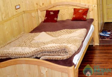 Spacious Place To Stay In Srinagar, J&K
