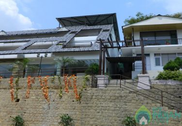 Modern Comfortable Home Like Stay In Dharamshala
