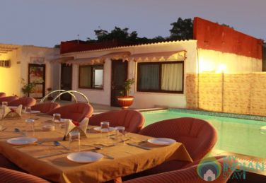 Deluxe Rooms With Swimming Pool In Udaipur