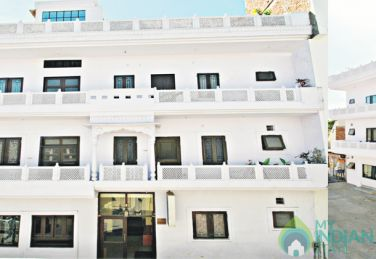 Single AC Rooms In Guest House Jaipur