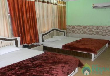Spacious AC Triple Super Deluxe Rooms In Ajmer