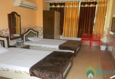 Spacious AC Four Beds Super Deluxe Rooms In Ajmer