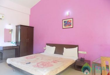 Beautiful Rooms With Swimming Pool In Calangute