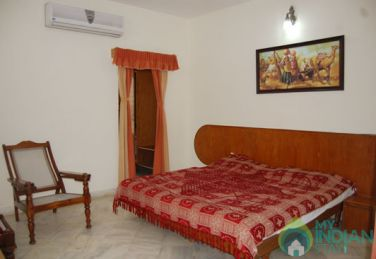 AC Super Deluxe Stay In Mount Abu, Rajasthan