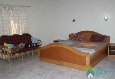 Best Place To Stay In Candolim, Goa