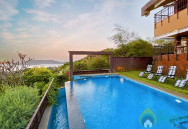 Oceanview Candolim Pool Villa - 4 Bed