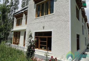 Comfortable Stay in a  Guest House In Leh