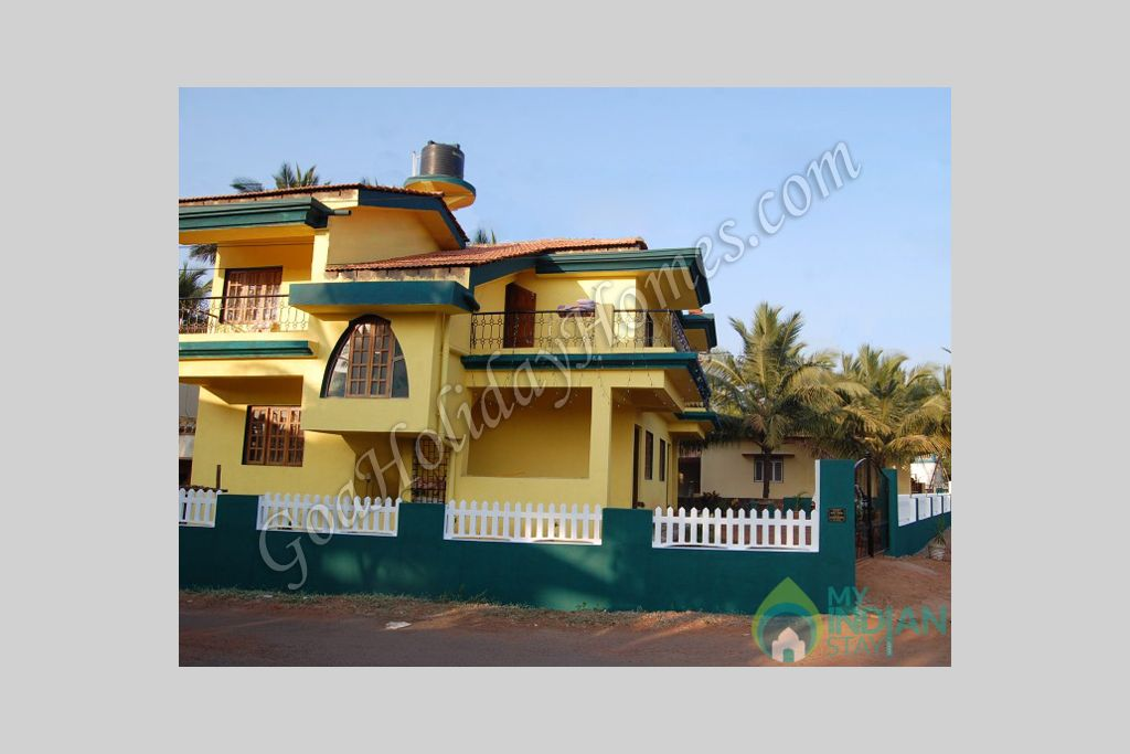 Front View in a Guest House in Penha de Fran�a, Goa