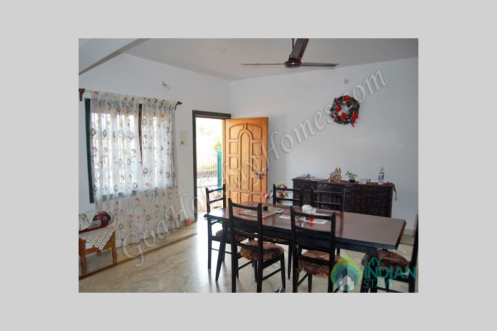 Dinning Area in a Guest House in Penha de Fran�a, Goa