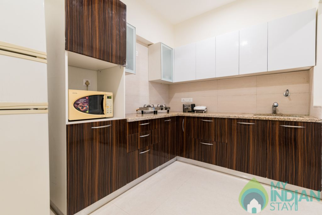 Kitchen in a Serviced Apartment in Mumbai, Maharashtra