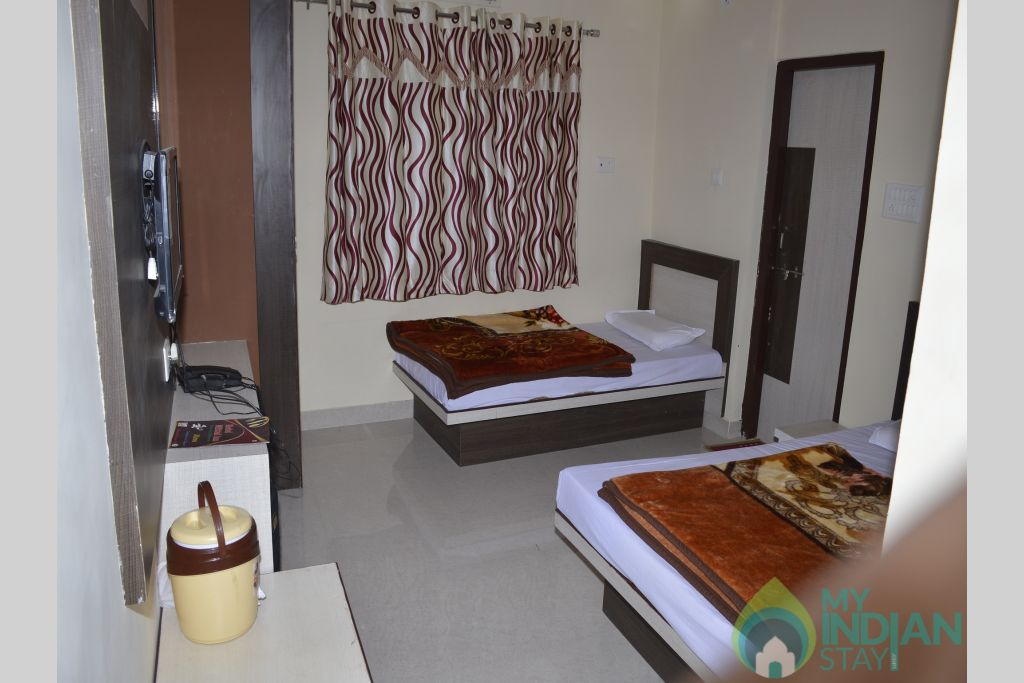 Three Bed Air Cooled 1 in a Hotel in Ajmer, Rajasthan