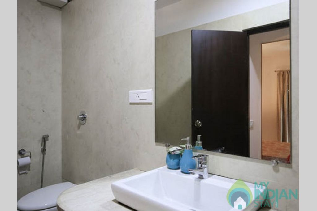 b7cc1268-2ab1-47c7-8a81-24e24eebf69b in a Self Catered Apartment in Candolim, Goa