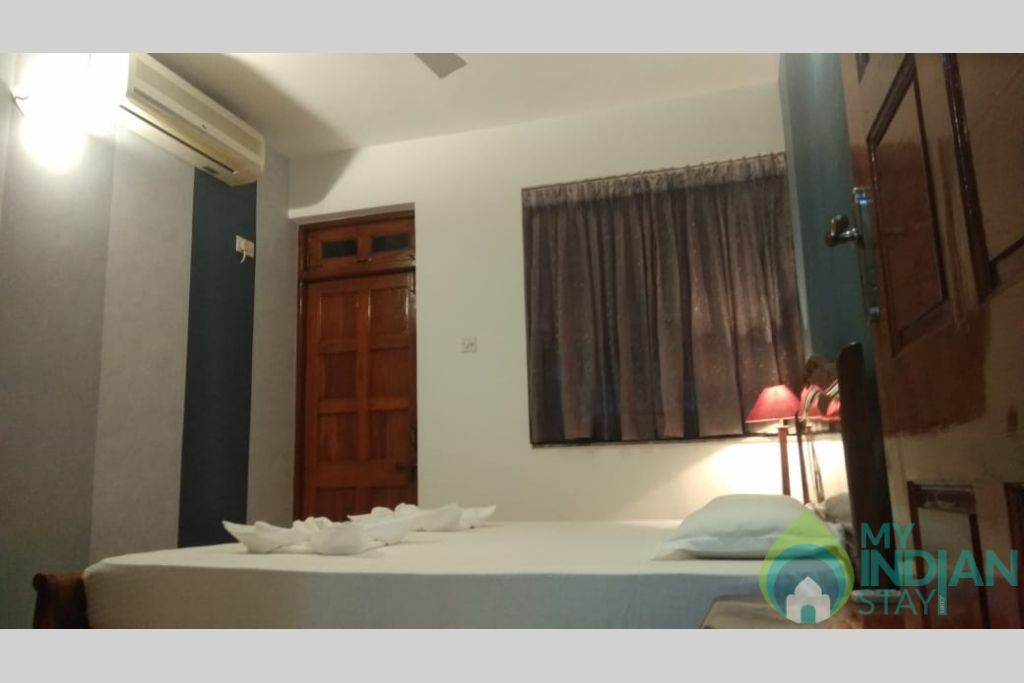 Master Bedroom in a Self Catered Apartment in Candolim, Goa